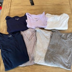 Variety of Mens V-Neck Tee Shirts (7)